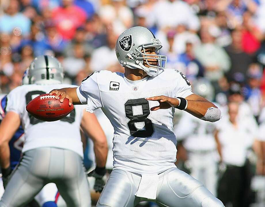 ORCHARD PARK, NY - SEPTEMBER 18:  Jason Campbell #8 of the Oakland Raiders readies to pass against the Buffalo Bills at Ralph Wilson Stadium on September 18, 2011 in Orchard Park, New York.  (Photo by Rick Stewart/Getty Images) Photo: Rick Stewart, Getty Images