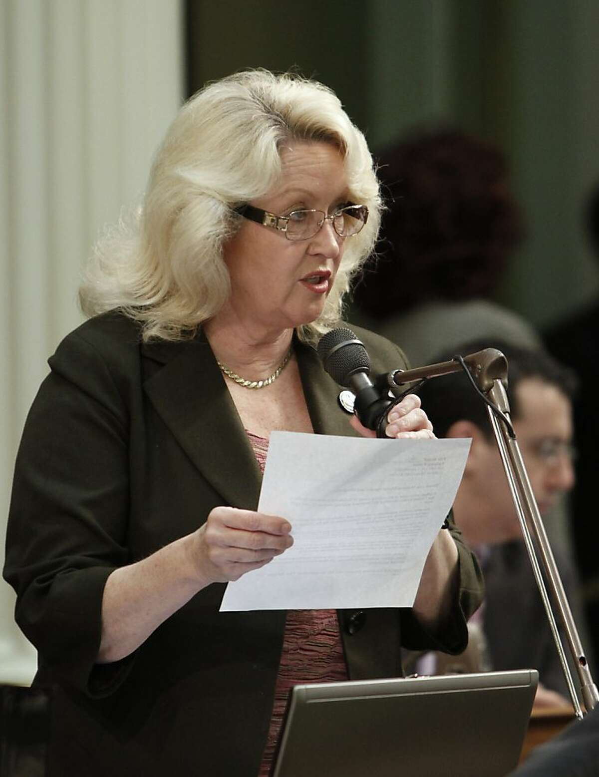 Assemblywoman Connie Conway, R-Tulare, urged passage of a measure that would require Californians to install carbon monoxide monitors if their home has an attached garage or fireplace, during the Assembly session at the Capitol in Sacramento, Calif., Monday, April 12, 2010. The measure, by state Sen. Alan Lowenthal, D-Long Beach, was approved by a 47-19 vote and sent to the Senate.(AP Photo/Rich Pedroncelli) Ran on: 02-02-2011 Connie Conway Ran on: 02-02-2011 Connie Conway Ran on: 06-30-2011 Assembly Republican leader Connie Conway estimates that an average family will save $1,000.