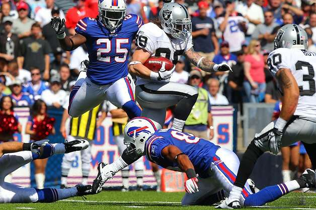 ORCHARD PARK, NY - SEPTEMBER 18: Nick Miller #89 of the Oakland Raiders runs back a kickoff return during an NFL game against the Buffalo Bills at Ralph Wilson Stadium on September 18, 2011 in Orchard Park, New York. (Photo by Tom Szczerbowski/Getty Images) Photo: Tom Szczerbowski, Getty Images