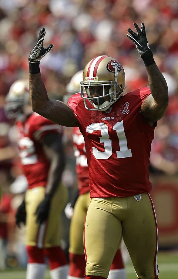 2b20d2207 San Francisco 49ers safety Donte Whitner (31) against the Seattle Seahawks  in the first