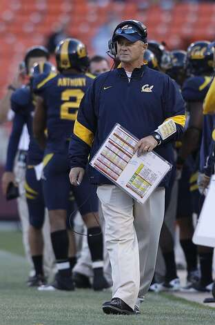 California head coach Jeff Tedford against Fresno State an NCAA college football game in San Francisco, Saturday, Sept. 3, 2011. (AP Photo/Jeff Chiu) Photo: Jeff Chiu, AP