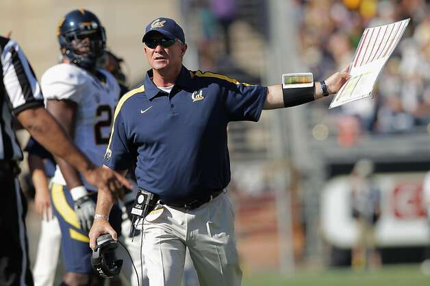 BOULDER, CO - SEPTEMBER 10:  Head coach Jeff Tedford of the California Golden Bears contests a call with the officials against the Colorado Buffaloes at Folsom Field on September 10, 2011 in Boulder, Colorado. The Bears defeated the Buffaloes 36-33 in overime.  (Photo by Doug Pensinger/Getty Images) Photo: Doug Pensinger, Getty Images