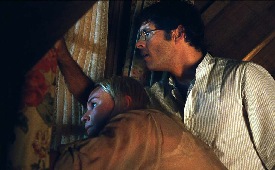 "Kate Bosworth as ""Amy Sumner"" and James Marsden as ""David Sumner"" in Screen Gems' STRAW DOGS. Photo: Courtesy Of Sony Pictures Entert"