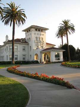 Main entrance to mansion at Dolce Hayes Mansion.