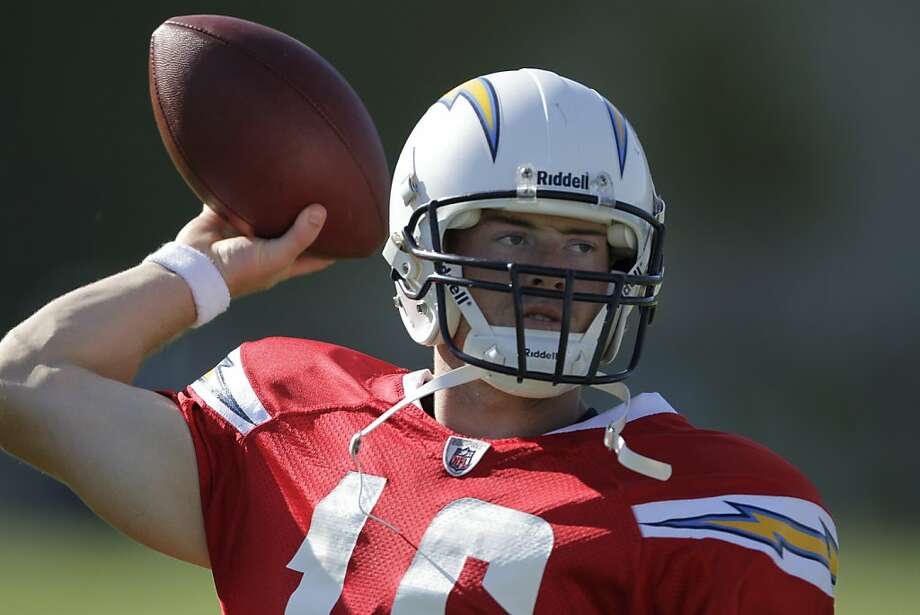 San Diego Chargers quarterback Scott Tolzien throws during NFL football training camp Monday, Aug. 15, 2011, in San Diego. (AP Photo/Gregory Bull) Photo: Gregory Bull, AP