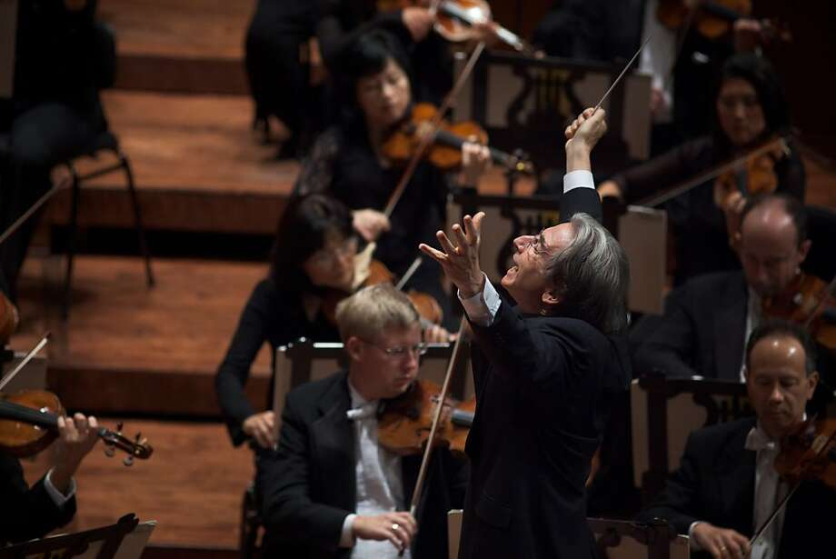 Michael Tilson Thomas conducts the San Francisco Symphony in 2010. Photo: Bill Swerbenski