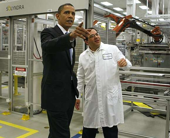 President Obama tours the Solyndra solar panel company with Solyndra executive v.p. of engineering Ben Bierman in Fremont, Calif., on Wednesday, May 26, 2010. Photo: Paul Chinn, The Chronicle