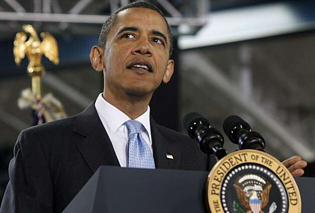 President Obama delivers a speech after touring the Solyndra solar panel company in Fremont, Calif., on Wednesday, May 26, 2010. Photo: Paul Chinn, The Chronicle