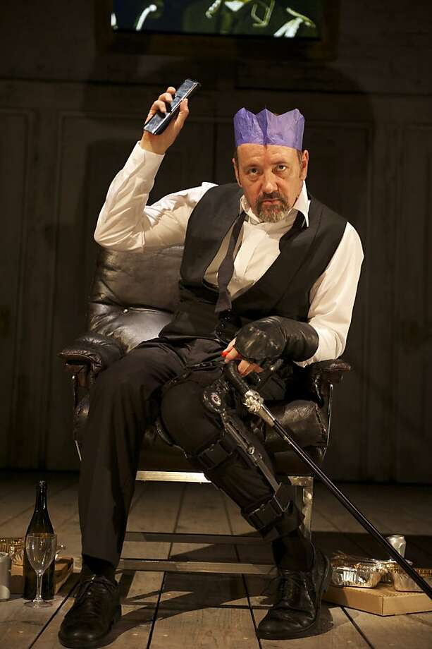 """Kevin Spacey in the title role of Shakespeare's """"Richard III"""" Photo: Manuel Harlan"""