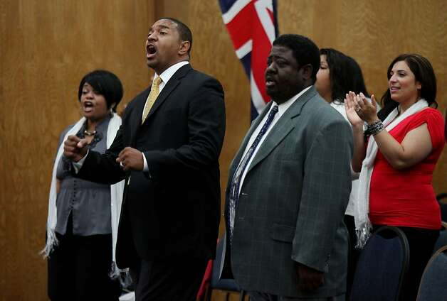 Pastor Mark Jackson,M, sings Gospel hymns with other congregants during a worship service at the True Love Worship Center in Van Nuys, CA on Sunday, July 31, 2011.  Mark Jackson is the new head coach of the Golden State Warriors.(Photo by Sandy Huffaker for the SF Chronicle) Photo: Sandy Huffaker, San Francsico Chronicle