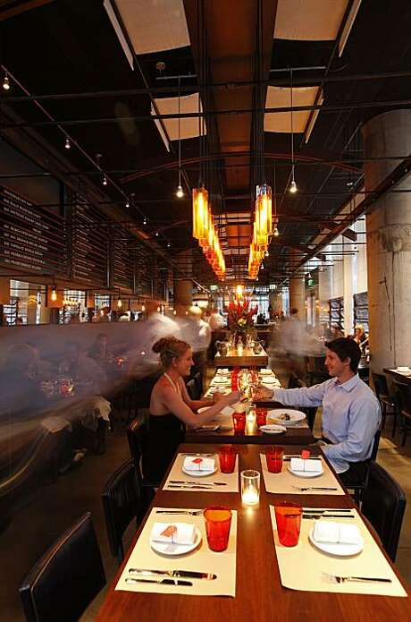 "The dinning room of the new Michael Mina restaurant, ""RN74"" in San Francisco, Calif., on Tuesday April 21,2009.The establishment is located in on the street level of the  Millenium Towers at 301 Mission St. Photo: Michael Macor, The Chronicle"