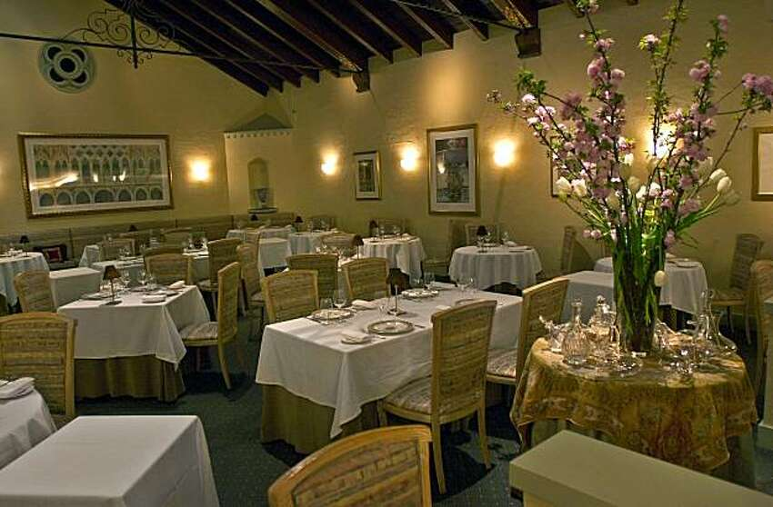 100/restaurants_035_ch.JPG Acquerello restaurant interior for 100 best restaurant book Event on 3/25/04 in San Francisco. Chris Hardy / San Francisco Chronicle