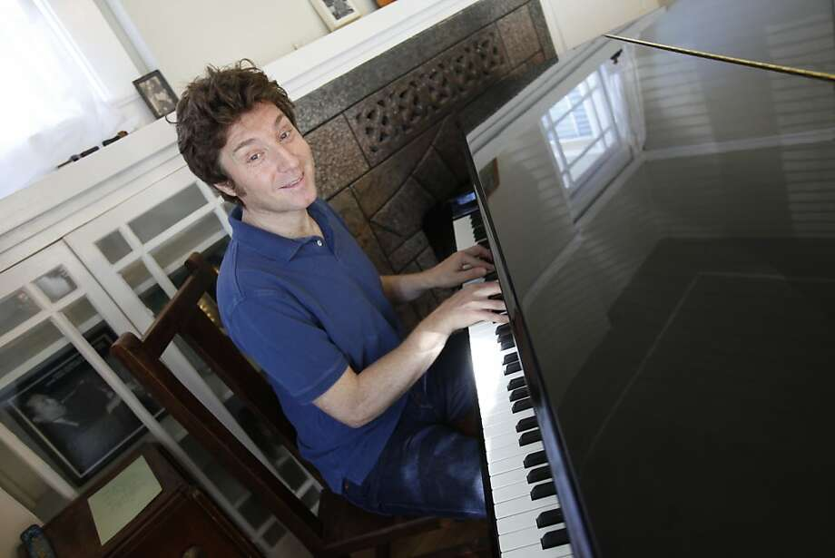 "Benny Green, seen on Tuesday, Sept. 20, 2011 in Berkeley, Calif., the noted Berkeley-bred jazz pianist who made his name with Betty Carter and Art Blakey, is back living in the Bay Area and playing a tribute to Thelonious Monk at the San Francisco Jazz Festival Oct. 10, Monk's birthday. Green will be playing songs from Monk's biggest selling record, 1963's ""Monk's Dream."" Photo: Brant Ward, The Chronicle"