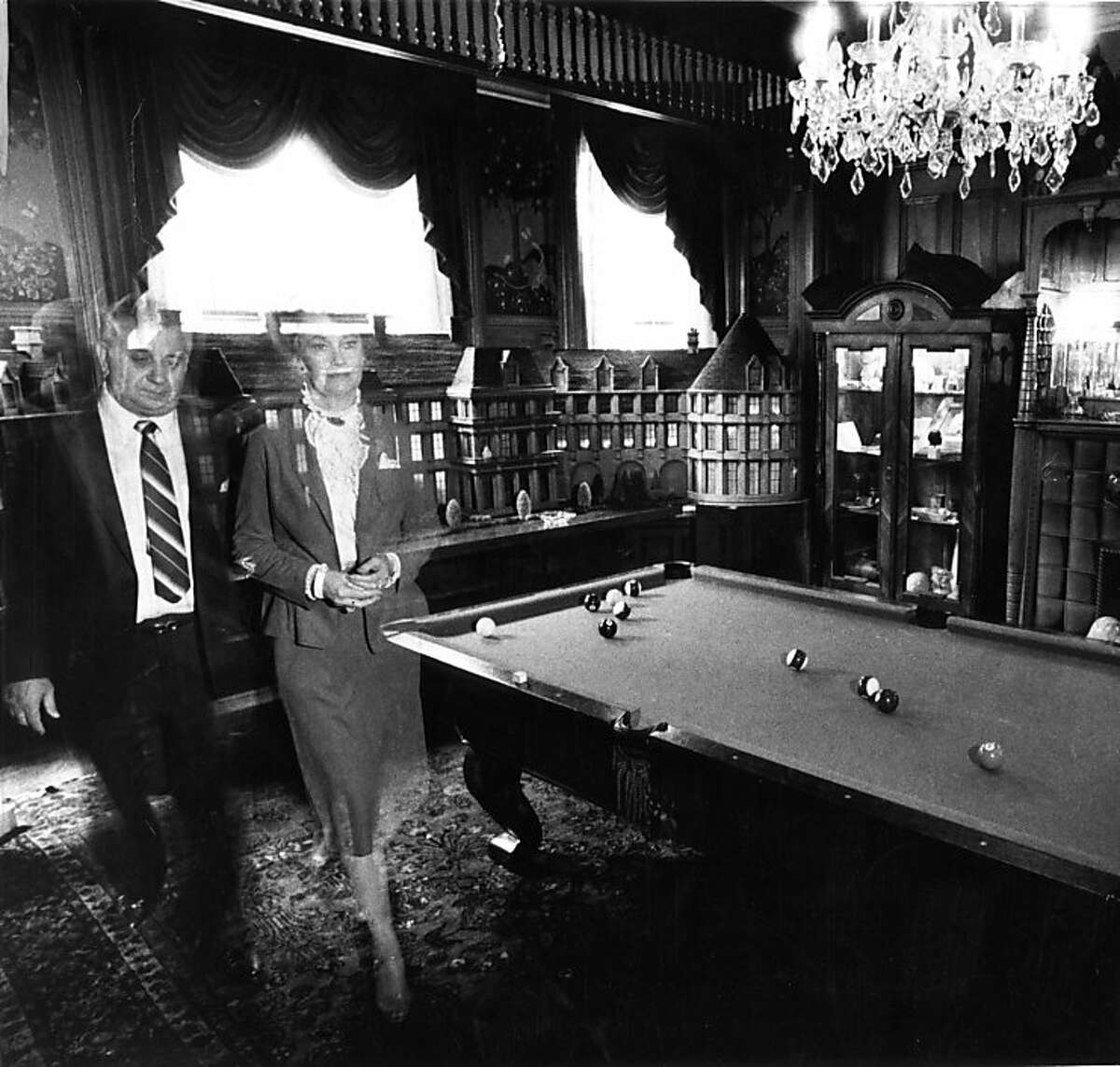 Ed and Lorraine Warren Demonologists at the Masions Hotel on Sacramento Street in S.F. The hotel was sold in 2000 and converted to housing. Photo by Gary Fong / The Chronicle Sept. 12, 1982 Ran on: 04-10-2005 Demonologists Ed and Lorraine Warren in the billiard room of the supposedly haunted Mansions Hotel in San Francisco in 1982.