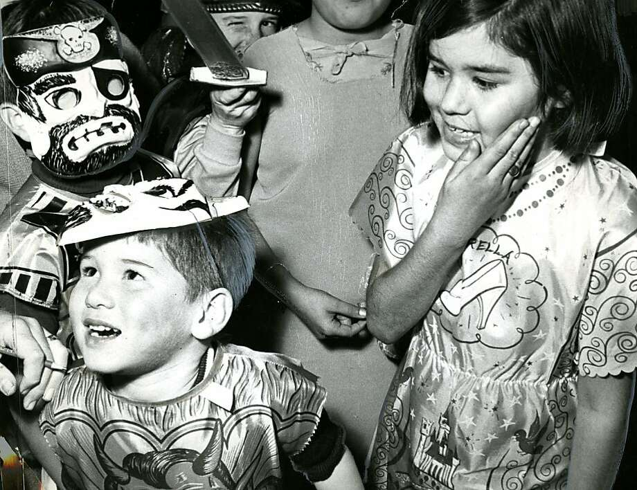 Children out on Halloween in San Francisco. Oct. 31, 1968. Photo: Jerry Telfer, The Chronicle