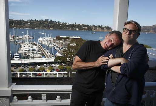 "Robin williams and Bobcat Goldthwait for a feature on their new movie ""World's Greatest Dad."" in 2009. Photo: Carlos Avila Gonzalez, The Chronicle"
