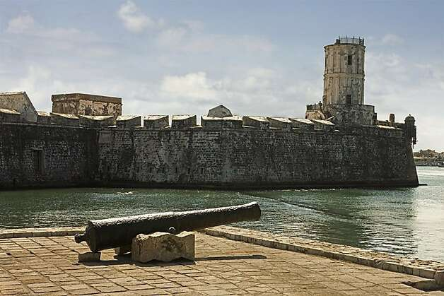Veracruz -- San Juan de Ulua Fort, Spain's most important American military outpost during its occupation of Mexico, is now a museum, art gallery and restoration school.   credit: Ricardo Espinosa / MTB Photo: Ricardo Espinosa, MTB