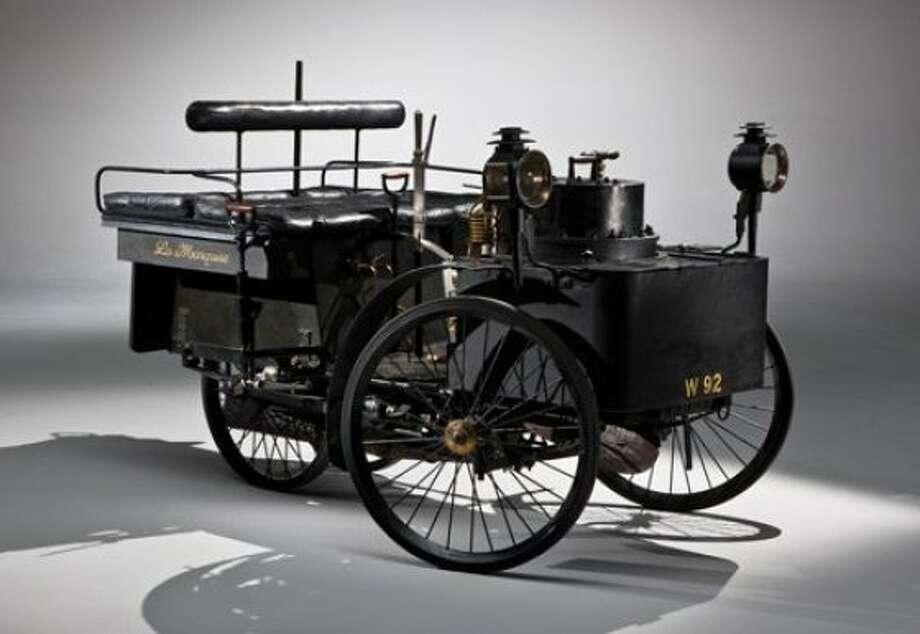 The world's oldest running car: an 1884 De Dion Bouton Et Trepardoux Dos-A-Dos Steam Runabout. Photo: RM Auctions