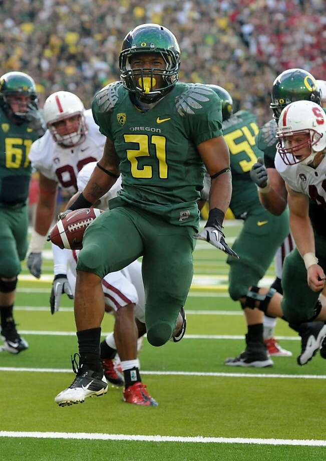 EUGENE, OR - OCTOBER 2: Running back LaMichael James #21 of the Oregon Ducks celebrates as he scores a touchdown in the second quarter of the game against the Stanford Cardinal at Autzen Stadium on October 2, 2010 in Eugene, Oregon. (Photo by Steve Dykes/Getty Images)   Ran on: 10-03-2010 LaMichael James scores a 5-yard TD as part of a 257-yard performance. Ran on: 10-03-2010 LaMichael James scores a 5-yard TD as part of a 257-yard performance. Photo: Steve Dykes, Getty Images