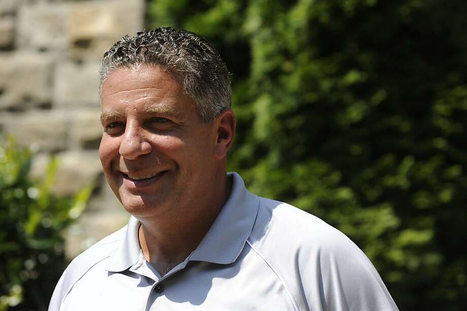 Former University of Tennessee basketball coach Bruce Pearl addresses members of the media during a news conference at his home in Knoxville, Tenn., on Thursday, Aug. 25, 2011. (AP Photo/The Knoxville News Sentinel, Amy Smotherman Burgess)  Ran on: 08-31-2011 Photo caption Dummy text goes here. Dummy text goes here. Dummy text goes here. Dummy text goes here. Dummy text goes here. Dummy text goes here. Dummy text goes here. Dummy text goes here.###Photo: names31_PH_pearl1314144000The Knoxville News Sentinel###Live Caption:Former University of Tennessee basketball coach Bruce Pearl addresses members of the media during a news conference at his home in Knoxville, Tenn., on Thursday, Aug. 25, 2011. ~~###Caption History:Former University of Tennessee basketball coach Bruce Pearl addresses members of the media during a news conference at his home in Knoxville, Tenn., on Thursday, Aug. 25, 2011. (AP Photo-The Knoxville News Sentinel, Amy Smotherman Burgess)###Notes:###Special Instructions: Photo: Amy Smotherman Burgess, AP