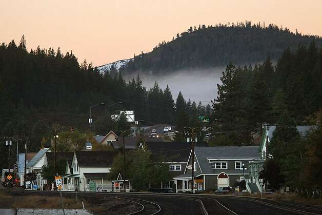 Looking at downtown Truckee, Calif., on the railroad tracks on Friday, October 14, 2011. Photo: Liz Hafalia, The Chronicle