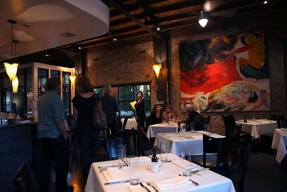 LuLou's restaurant as dinner starts in Reno, Nevada, on Wednesday, October 13, 2011. Photo: Liz Hafalia, The Chronicle