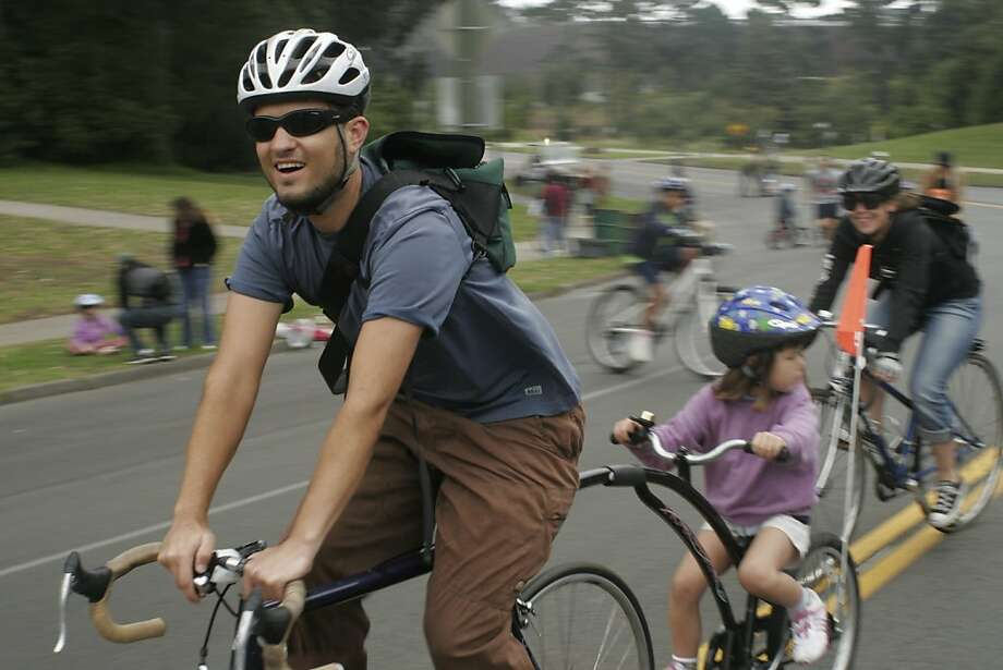 Greg Rodgers and his biking family bike in Golden Gate Park. Photo: Kate McCarthy 2007