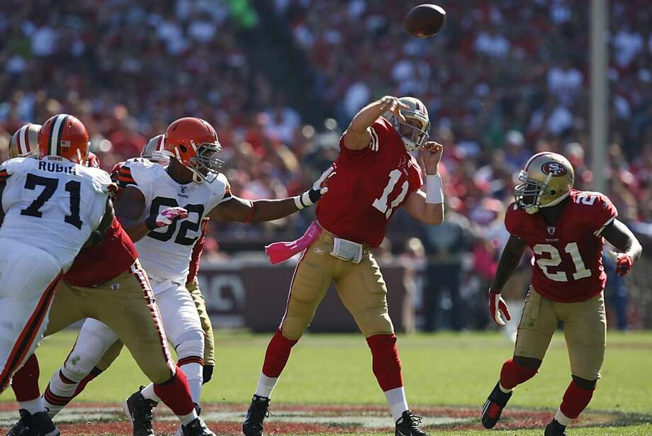 San Francisco 49ers quarterback Alex Smith (11) throws a pass against the Cleveland Browns at Candlestick Park in San Francisco, Calif., on Sunday, Oct. 30, 2011.  The 49ers beat the Browns, 20-10. Photo: Dylan Entelis, The Chronicle