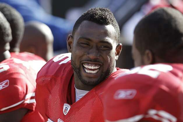 San Francisco 49ers tight end Delanie Walker (46) an NFL football game in San Francisco, Sunday, Oct. 9, 2011. The San Francisco 49ers defeated the Tampa Bay Buccaneers 48-3. (AP Photo/Paul Sakuma)  Ran on: 10-30-2011 Delanie Walker's wild-card status on offense is a far cry from his first five years with the 49ers. Ran on: 10-30-2011 Delanie Walker's wild-card status on offense is a far cry from his first five years with the 49ers. Ran on: 10-30-2011 Delanie Walker's wild-card status on offense is a far cry from his first five years with the 49ers. Photo: Paul Sakuma, AP