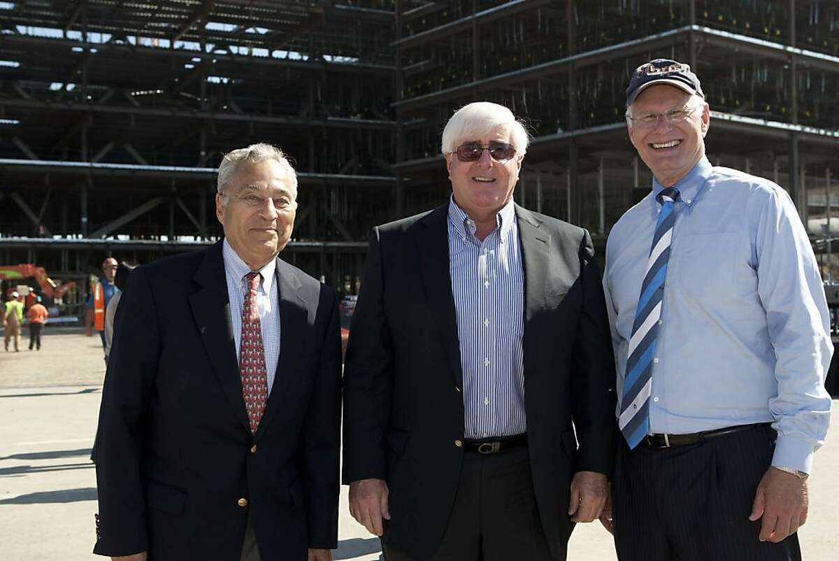 UCSF Foundation Chairman Dick Rosenberg (left) with Ron Conway and UCSF CEO Mark Laret. Oct. 2011. By Drew Altizer.