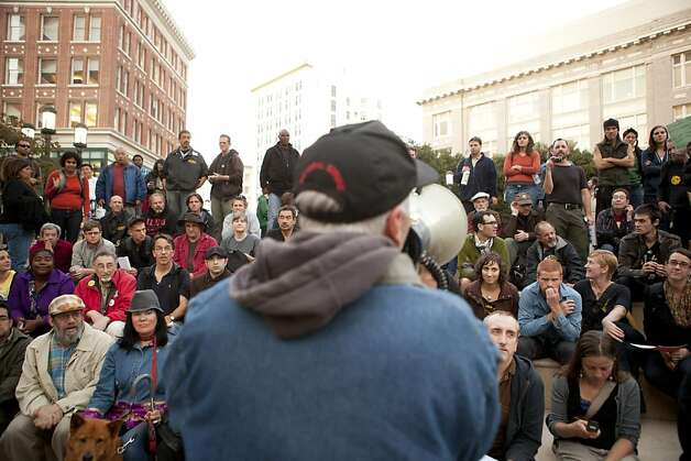 Occupy Oakland members organize a discussion group about how to involve the local unions in the general strike planned for November 2 outside of Oakland City Hall at the Occupy Oakland camp in Frank Ogawa on Thursday, October 27, 2011 in Oakland, Calif. Photo: Beck Diefenbach, Special To The Chronicle