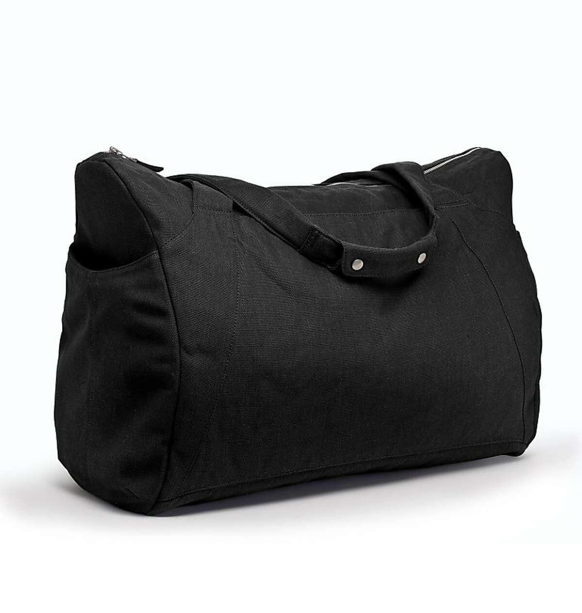 The Fluent Traveler weekend bag by Nau.