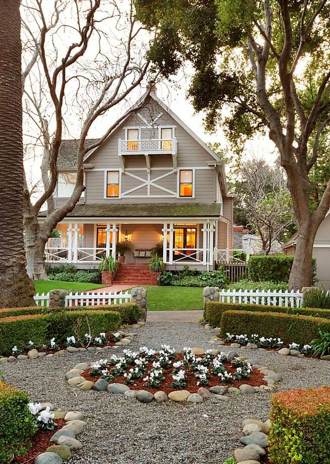 The home's garden offers tranquil moments. Photo: Bernard Andre