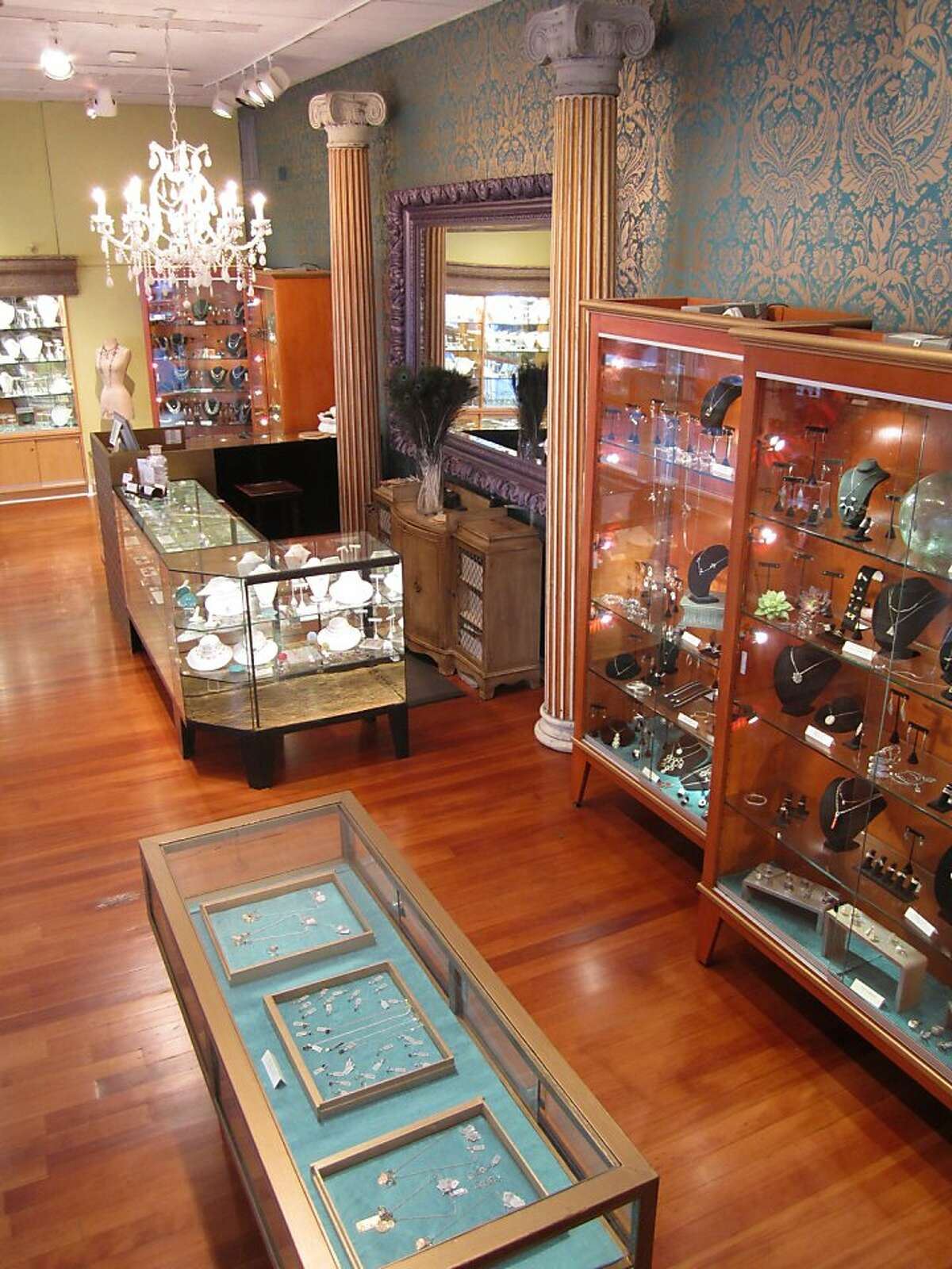 Gallery of Jewels has opened its third and largest location on Post Street in Union Square.