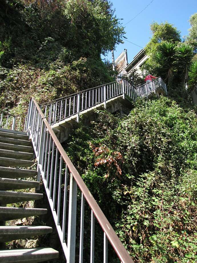 The Filbert Steps that ascend from the northeast waterfront to the top of Telegraph Hill are among the wonders of San Francisco, where city and landscape collide. Photo: John King