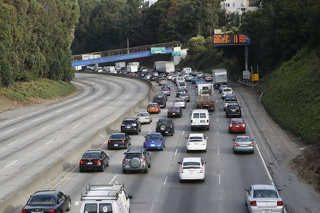 No traffic on southbound 101  at 16th Street in San Francisco, Calif., because of a tanker truck accident that happened around 5am this morning on Wednesday, October 19, 2011.  Southbound traffic on 101 from 9th to Cesar Chavez will be closed until repaired. Photo: Liz Hafalia, The Chronicle