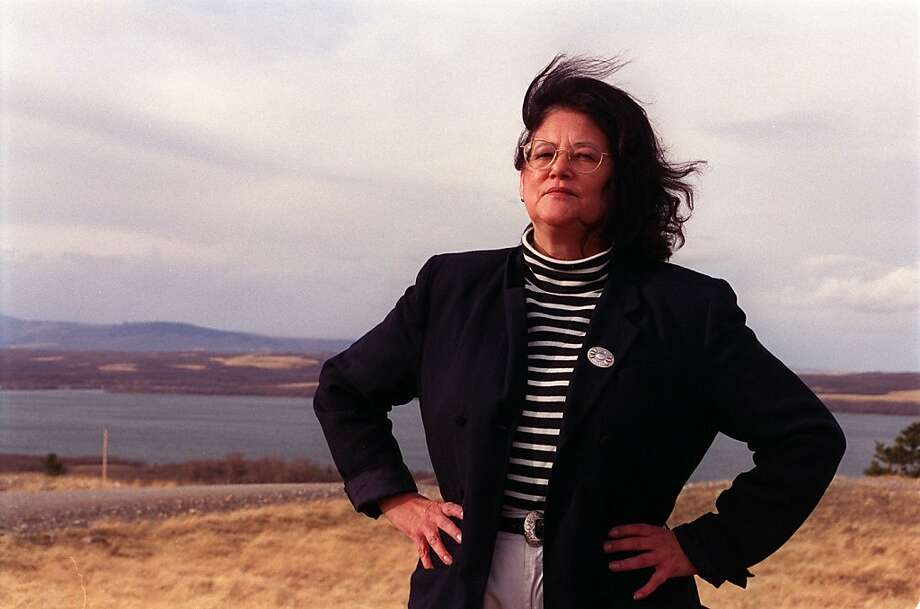 Elouise Cobell, the treasurer of the Blackfeet tribe who tenaciously pursued a lawsuit that accused the federal government of cheating Native Americans out of more than a century's worth of royalties, resulting in a record $3.4-billion settlement, has died. She was 65. (Louis Sahagun/Los Angeles Times/MCT) Photo: Louis Sahagun, MCT