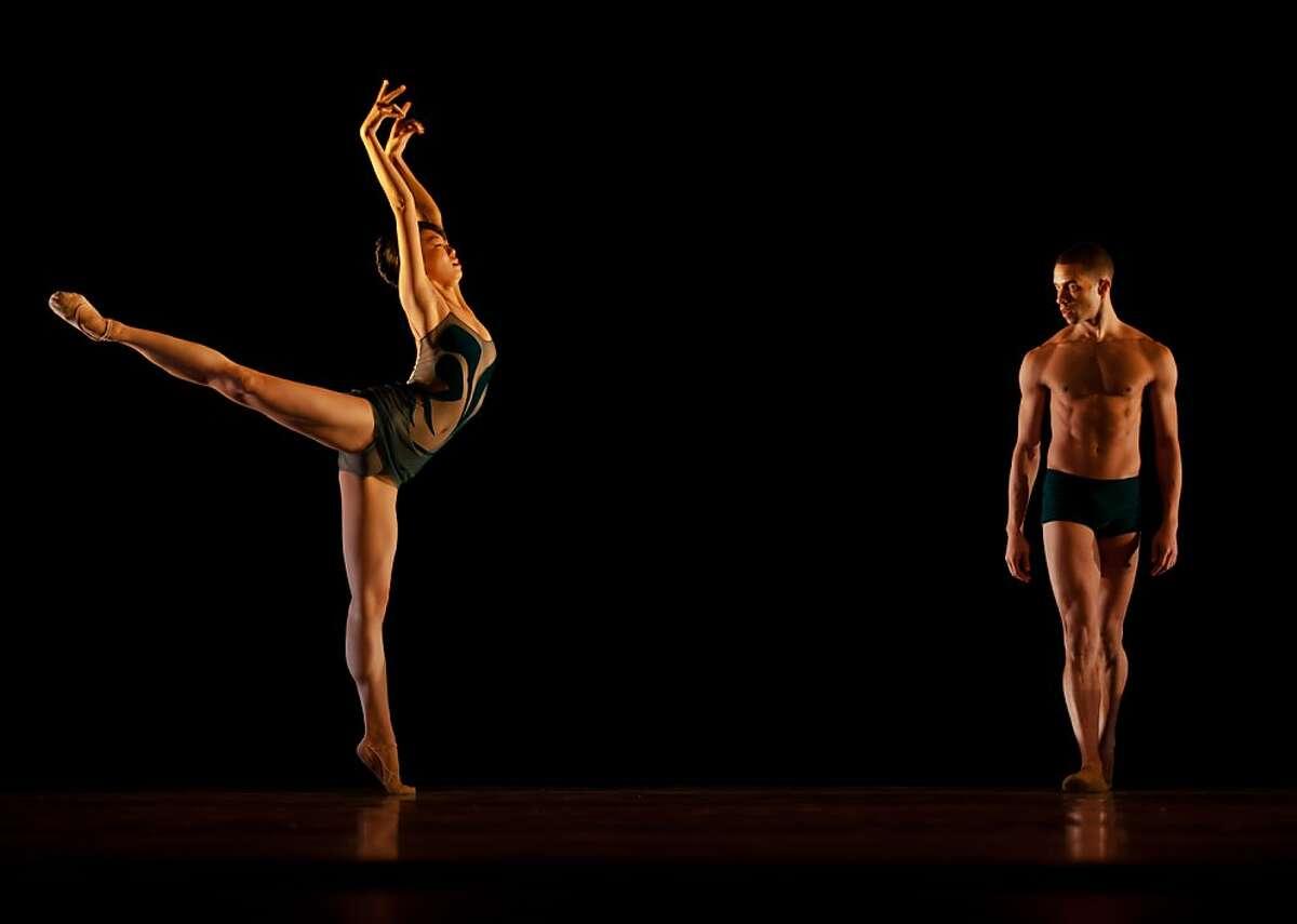 Pictured: Yujin Kim and Ricardo Zayas perform in Alonzo King Lines Ballet Photo by: Quinn B. Wharton