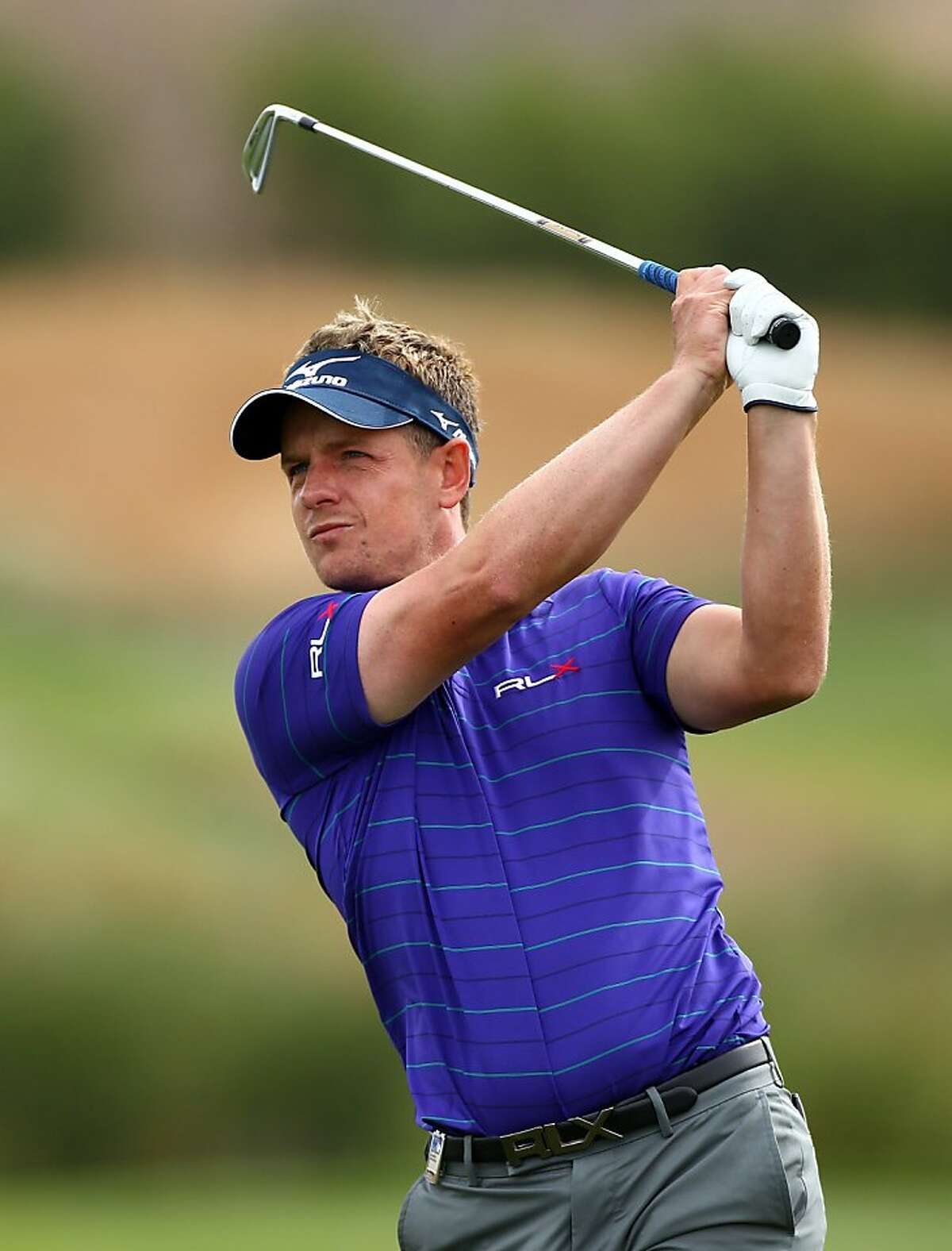 MADRID, SPAIN - OCTOBER 07: Luke Donald of England in action during round two of the Madrid Masters Golf at El Encin Golf & Hotel on October 7, 2011 in Madrid, Spain. (Photo by Julian Finney/Getty Images)