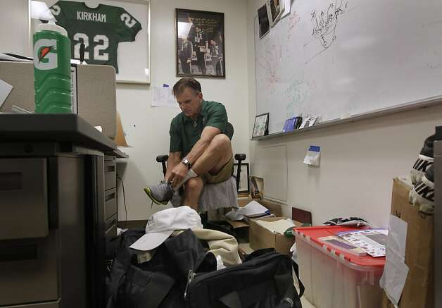De La Salle Spartans head football coach Bob Ladouceur dresses for a road trip to Florida for a game against powerhouse St. Thomas Aquinas, after a team practice, in Concord, Calif. on Wednesday, Sept. 21, 2011. Photo: Paul Chinn, The Chronicle