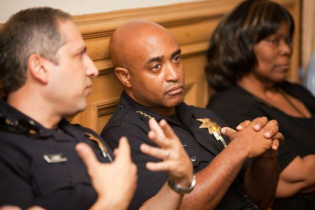OAKLAND,CA---Oakland Chief Anthony Batts sits in the audience before Assistant Chief Howard Jordan was sworn in as the acting police chief. Batts announced his resignation just two days ago. Jordan is a 23-year veteran of the force.   Ran on: 10-14-2011 Outgoing Chief Anthony Batts (center) sits on the side at the news conference. Ran on: 10-14-2011 Outgoing Chief Anthony Batts (center) sits on the side at the news conference. Ran on: 10-14-2011 Outgoing Chief Anthony Batts (center) sits on the side at the news conference. Photo: Tomas Ovalle, Special To The Chronicle
