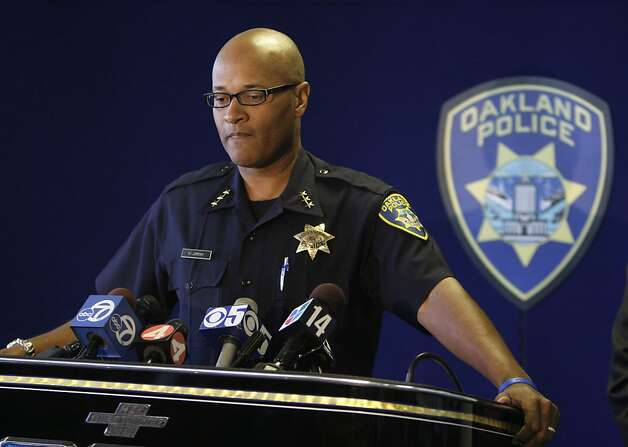 Howard Jordan, the acting Oakland police chief, reads a statement regarding the Hassani Campbell criminal investigation during a news conference in Oakland, Calif., Tuesday, Sept. 1, 2009. Criminal charges will not be filed against an Oakland man who was arrested on suspicion of murdering his fiancee's disabled foster child.  Alameda County Assistant District Attorney Tom Rogers says there's insufficient evidence against Louis Ross in the Aug. 10 disappearance of Hasanni Campbell, of Fremont, Calif. (AP Photo/Eric Risberg)  Ran on: 09-03-2009 Acting Oakland Police Chief Howard Jordan said Tuesday that Hasanni &quo;never made it to Oakland.&quo; Ran on: 09-03-2009 Acting Oakland Police Chief Howard Jordan said Tuesday that Hasanni &quo;never made it to Oakland.&quo; Ran on: 09-03-2009 Acting Oakland Police Chief Howard Jordan said Tuesday that Hasanni &quo;never made it to Oakland.&quo; Photo: Eric Risberg, AP