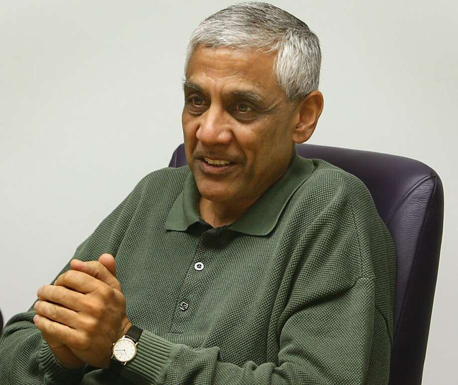 Venture capitalist Vinod Khosla discusses green technology and biofuels at his firm's office in Menlo Park, Calif., on Wednesday, April 23, 2008. Photo by Paul Chinn / San Francisco Chronicle Photo: Paul Chinn, SFC