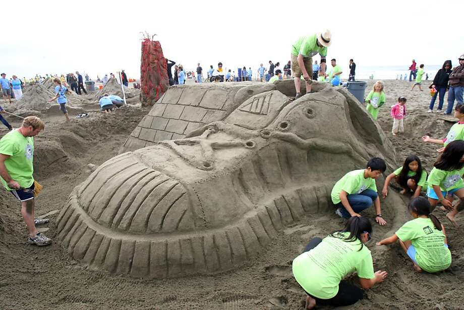 Groups from 24 Bay Area schools competed in the 28th annual LEAP Sand Castle Contest on Ocean Beach in San Francisco, Calif. on Saturday, Oct. , 2011.  The school's collaborated with local architecture and design firms to build sand sculptures. Photo: Thomas Webb, The Chronicle