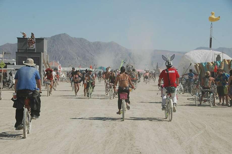 Traffic at Burning Man 2011. Photo: Jenn Jackson