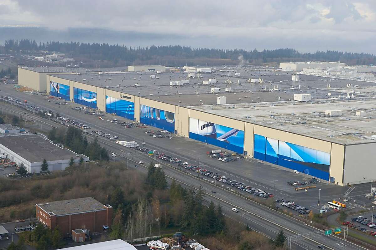 Boeing?•s production plant in Everett, where the company?•s 747s, 777s and 787s are put together, is the world?•s largest building by volume./