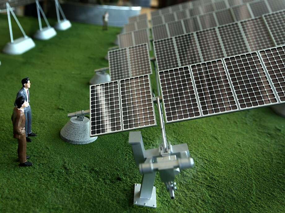 A scale model depicting a solar panel array that tracks with the sun is displayed at the SunPower facility in Richmond, Calif., on Thursday, March 18, 2010. SunPower recently announced a deal with Southern California Edison to provide solar technology that will produce up to 200 megawatts of energy. Photo: Paul Chinn, The Chronicle