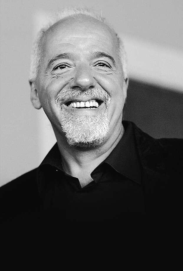 Paulo Coelho Photo: Frederic Charmeux