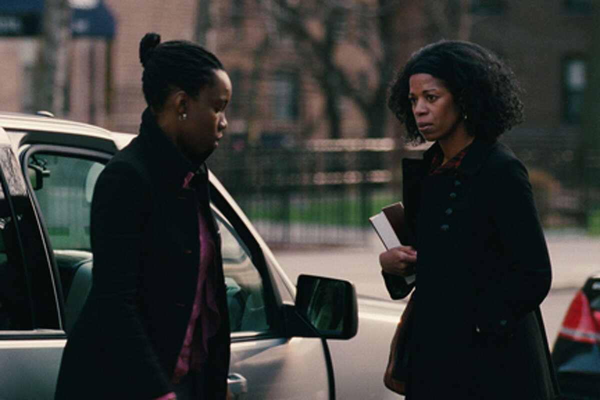 (L-R) Adepero Oduye as Alike and Kim Wayans as Audrey in