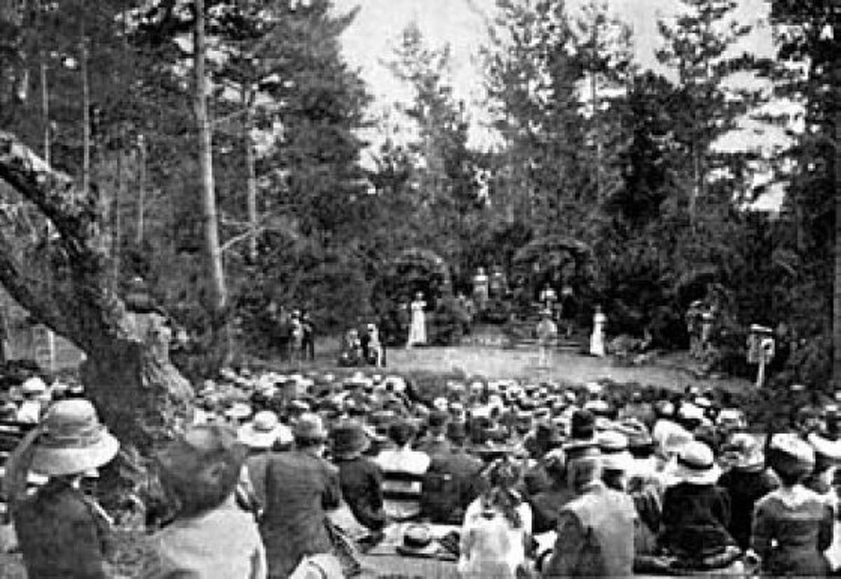 """A production of Shakespeare's """"Twelfth Night"""" at the Forest Theater, 1912."""